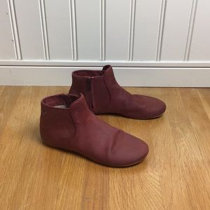Vivobarefoot Red Leather Ankle Boot 8